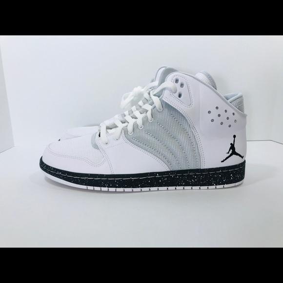 competitive price 2ee9e d4f60 Jordan 1 Flight 4 Prem Men s Size 11 White Black